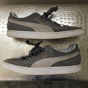 Two tone suede gray white Pumas size 11.5